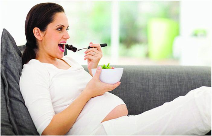 Cùng mẹ bầu khám phá vai trò của DHA trong thai kỳ