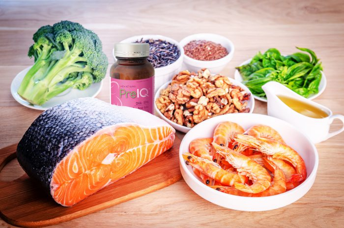Plant-based and animal sources of Omega-3 acids
