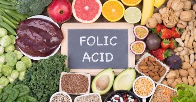 Acid folic là dưỡng chất cần thiết cho bà bầu.